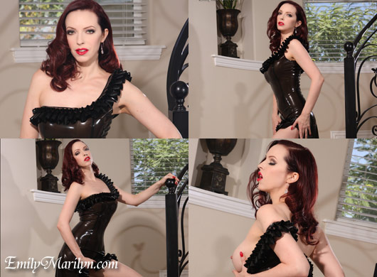 Elegance latex fetish gown